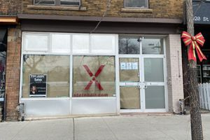 Closed Store on St. Clair