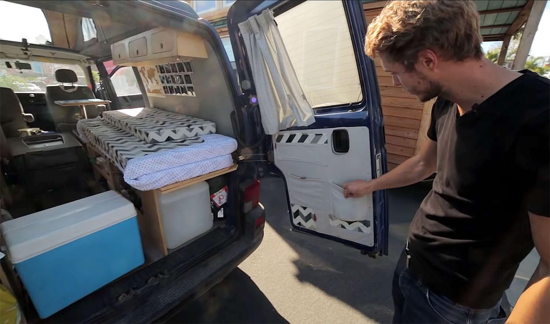 DIY van conversion projetcapa rear door storage