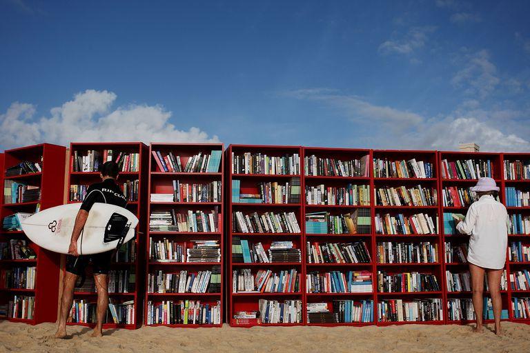 5 libros sobre el surf que todo el mundo debería leer