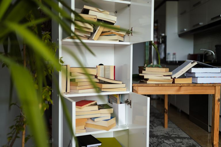 Organizing book shelf in residential building