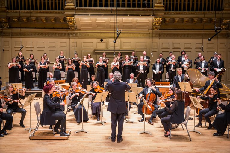 Based in Boston, H+H's Orchestra and Chorus delight more than 50,000 listeners each year
