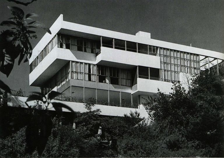 Lovell Health House, 1929