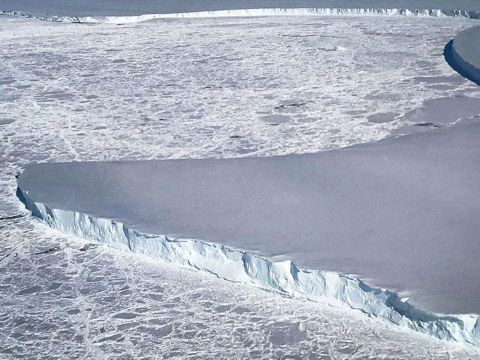 Venable Ice Shelf, Antarctica