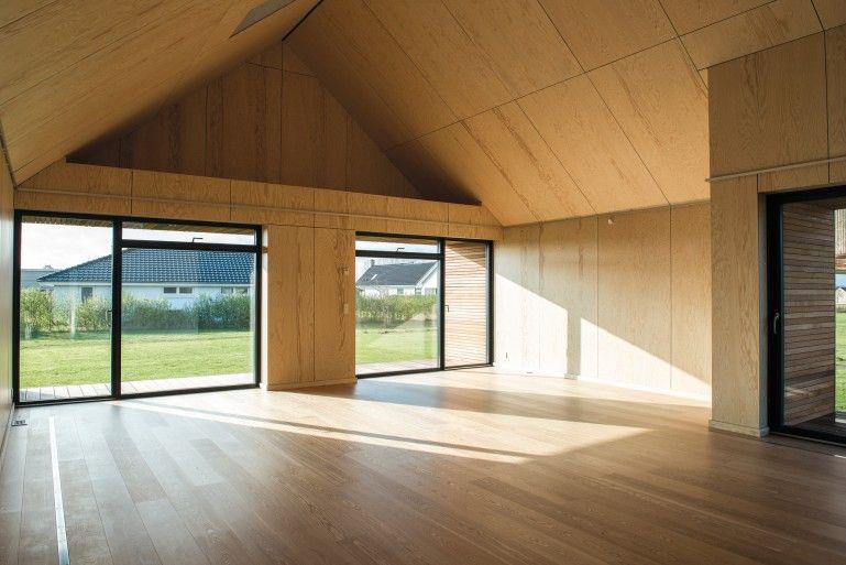 Maintenance free House interior
