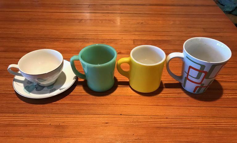 ¿Por qué se volvieron tan grandes las tazas de café y las tazas de refrescos?