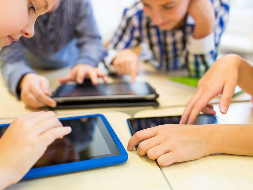 World Health Officials Crack Down on Kids' Screen Time