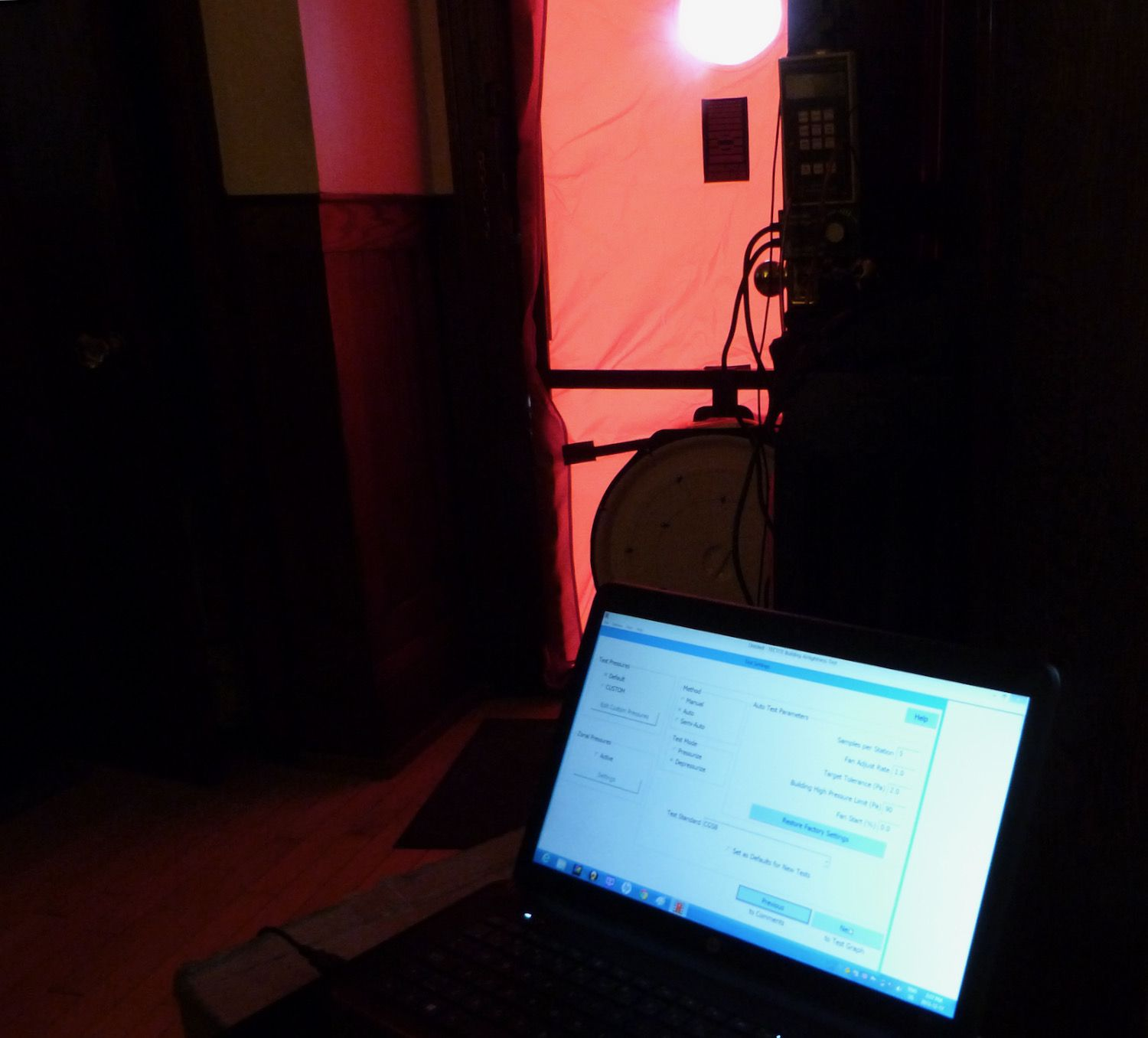 reading the results of blower door test
