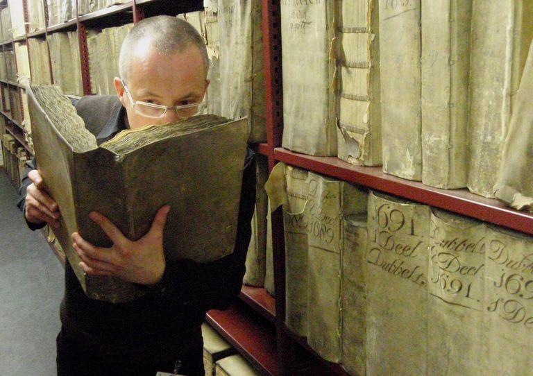 Por qué te gusta el olor de los libros antiguos