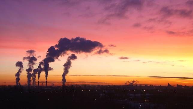 Los seres humanos necesitan deshacerse de los combustibles fósiles para 2100, advierte el IPCC