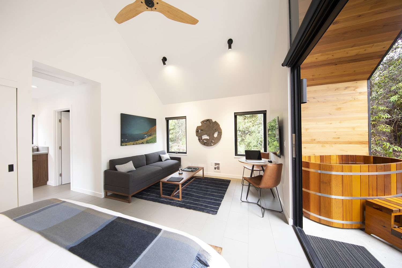 kuono cabin hawaii living room