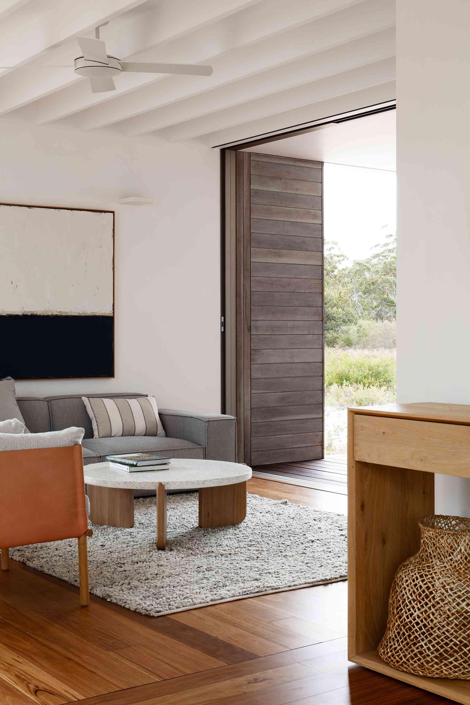 Courtyard House by CHROFI and FABPREFAB living room