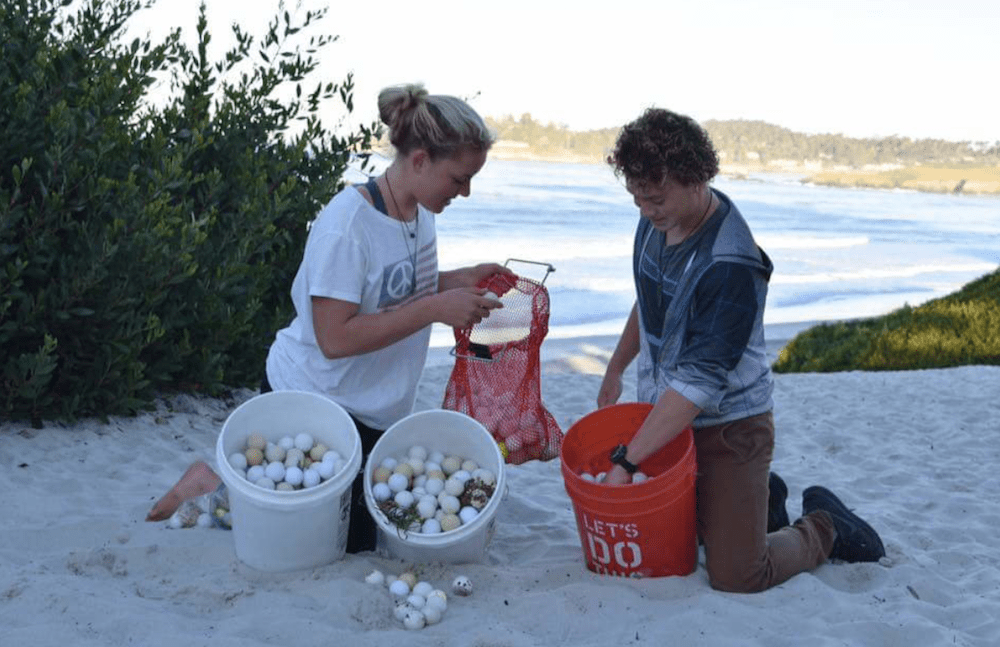 Alex Weber sorts golf balls