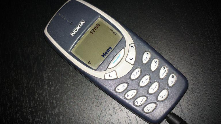 Nokia está relanzando su teléfono tonto más icónico