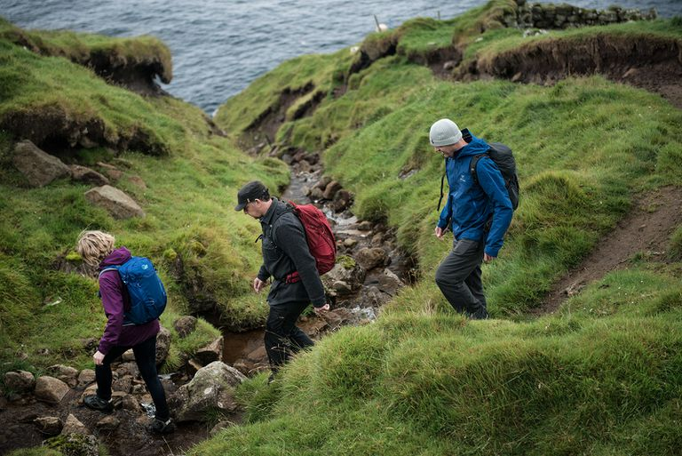 hiking in faroe islands