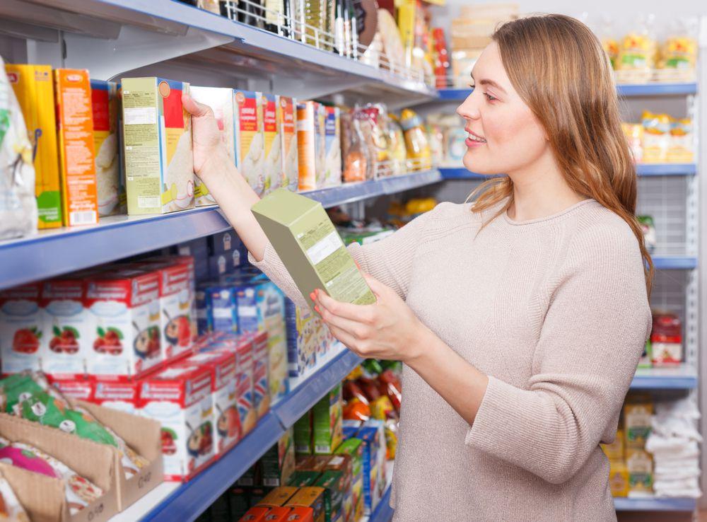 choosing groceries