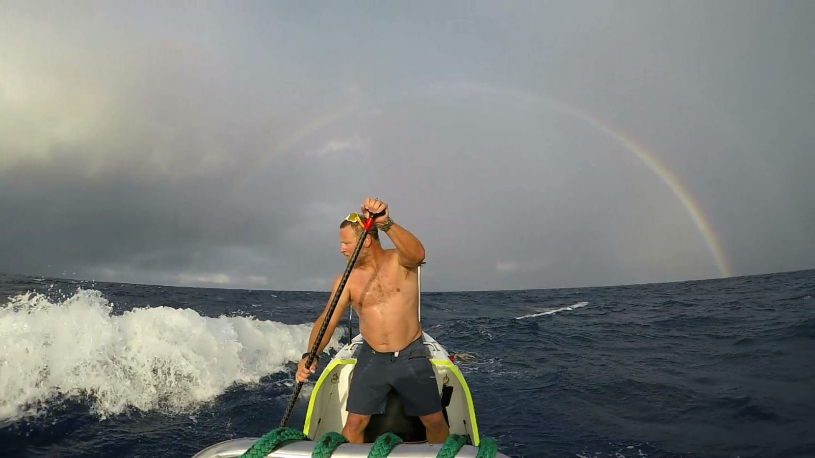 De la Rosa spent his 50th birthday on the paddleboard.