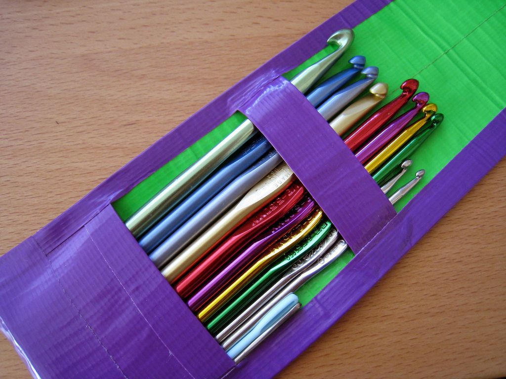 crochet hook or knitting needle case made of duct tape