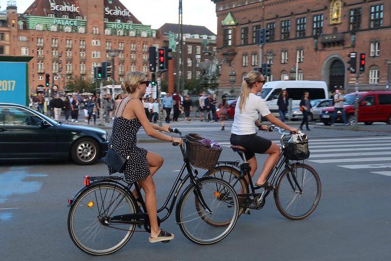 No Sweat: Cómo viajar en bicicleta en verano
