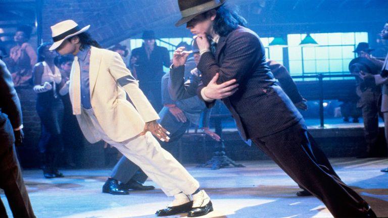La proeza física detrás de la ilusión antigravedad de Michael Jackson