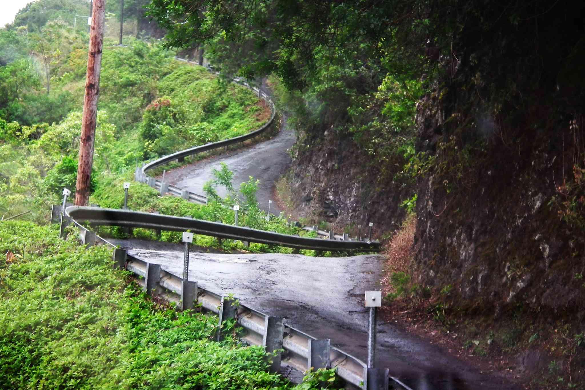 Waipio Valley Road in Honokaa, Hawaii