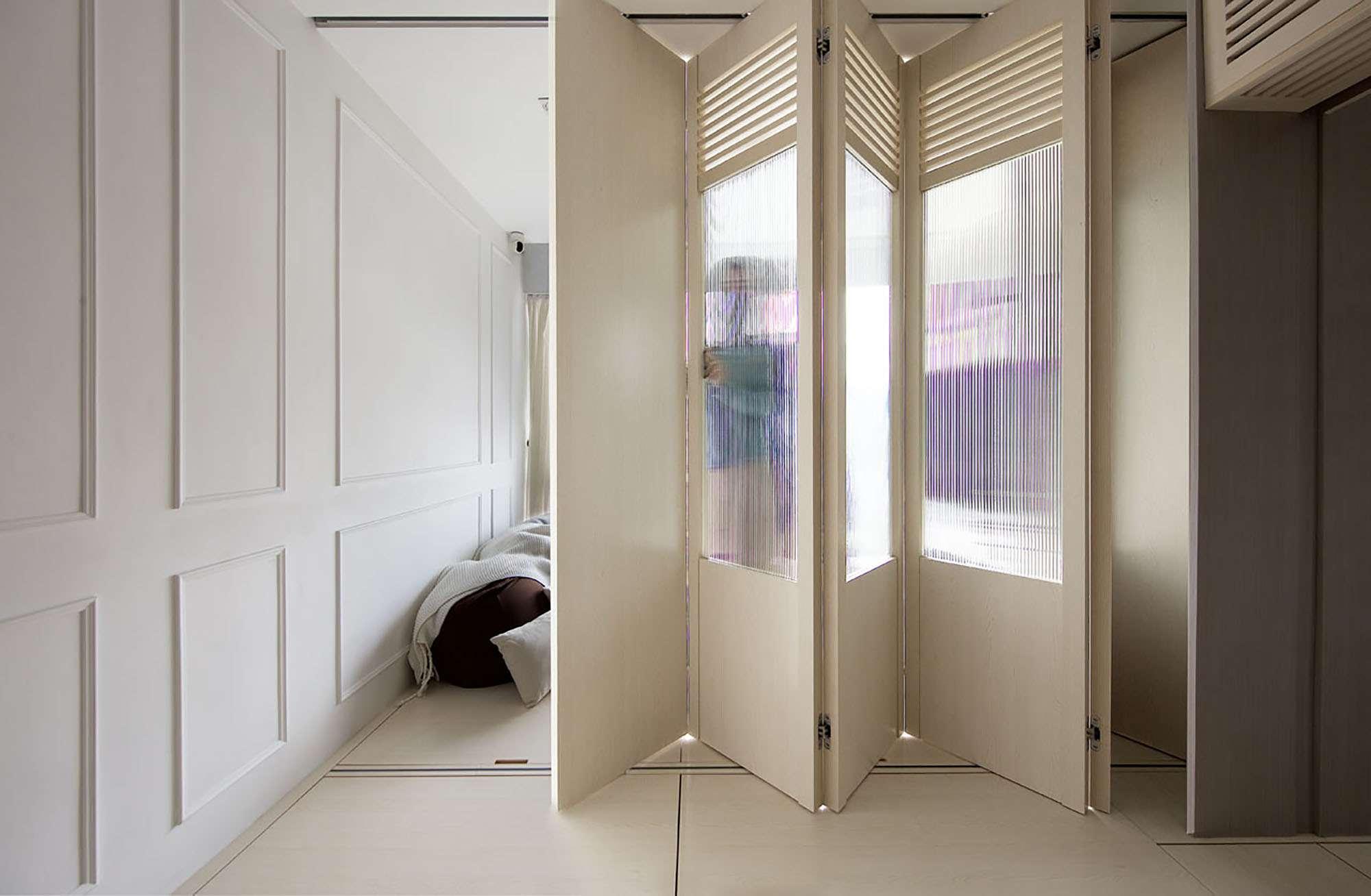 Smart Zendo micro-apartment by Sim-Plex Design Studio louvers