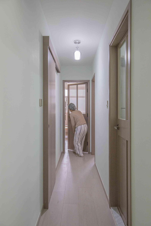 Floral Aged House apartment renovation by Sim-Plex Design Studio corridor