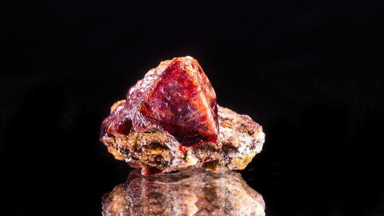 Esta piedra preciosa antigua encontrada en Galápagos desconcierta a los científicos