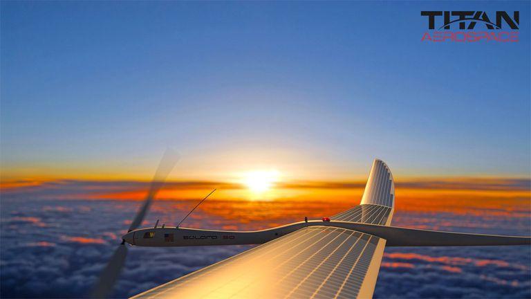 Google compra Titan Aerospace, fabricante de aviones solares que pueden permanecer en el cielo durante años