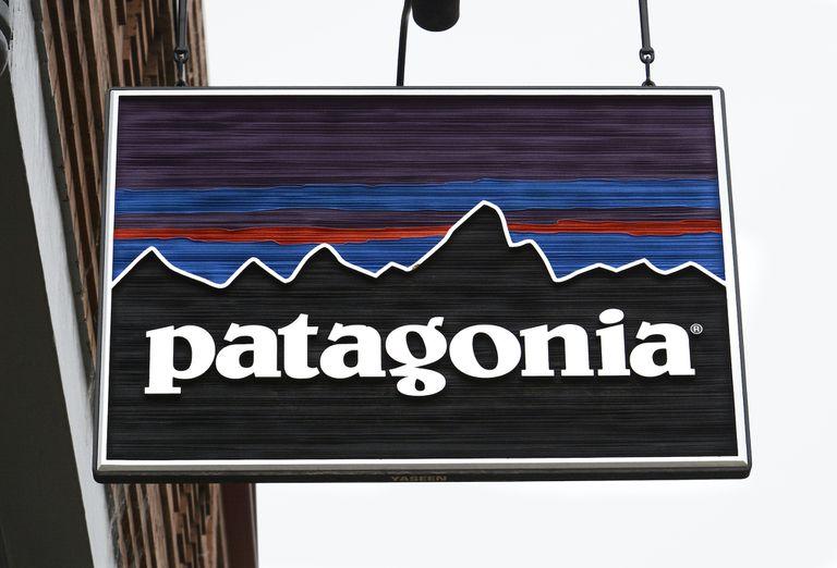 Patagonia store sign