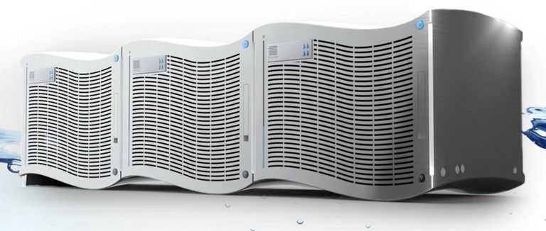 Las unidades SunToWater producen de 40 a 100 galones de agua limpia por día del aire