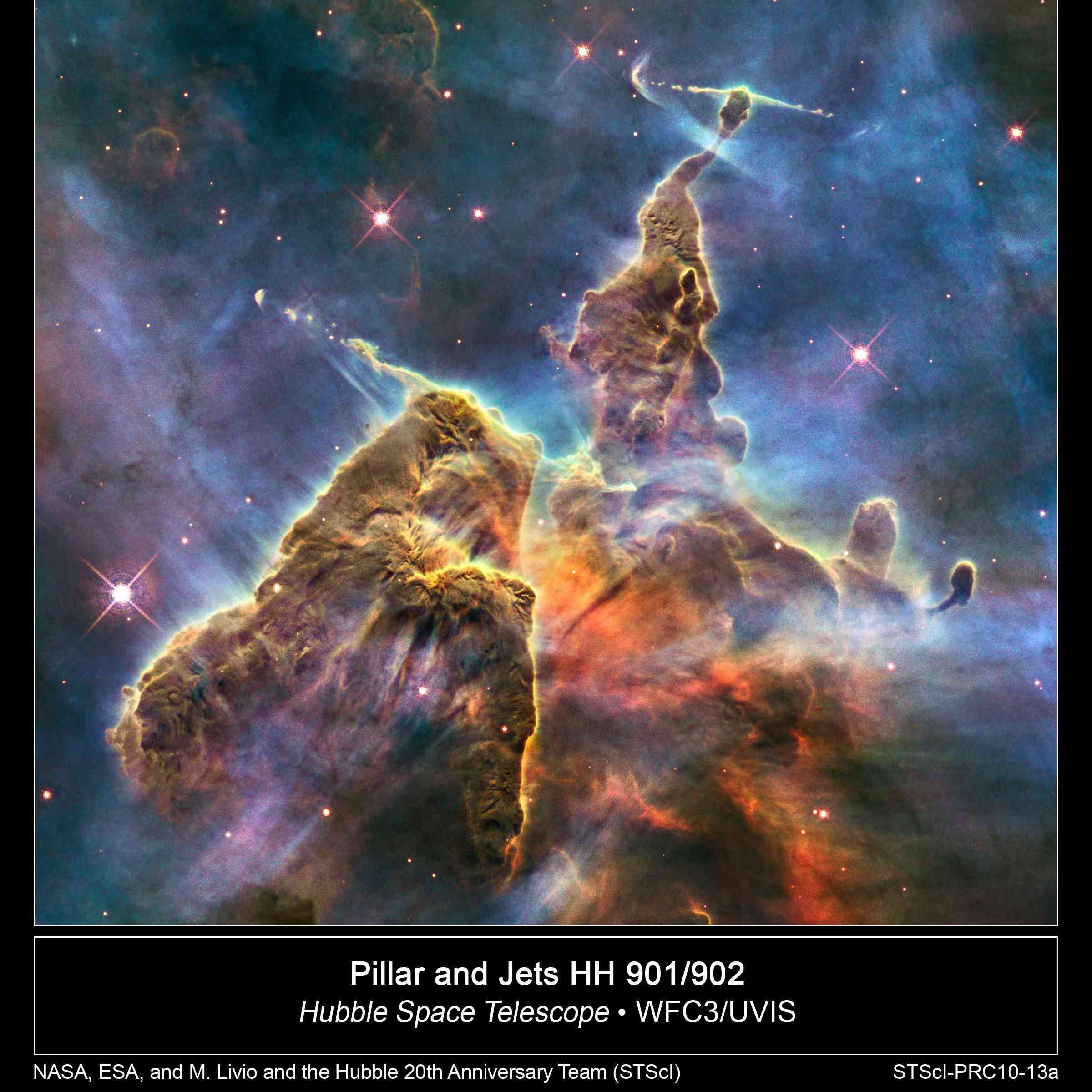Hubble photo shows a small portion of the star-birthing Carina Nebula.