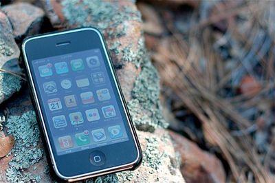 iphone on rocks photo