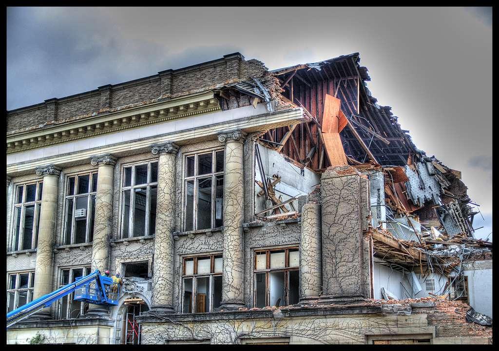 Frieze building being demolished
