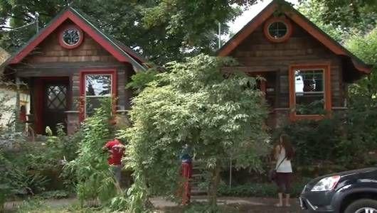 Las micro-cabañas caprichosas se mezclan con el vecindario histórico de Portland [Video]