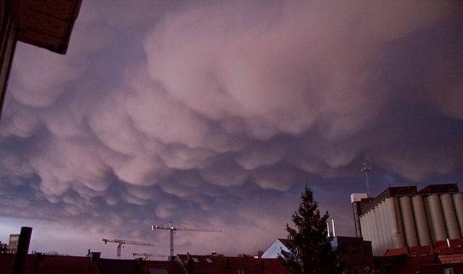 Mamma clouds over Leuven, Belgium