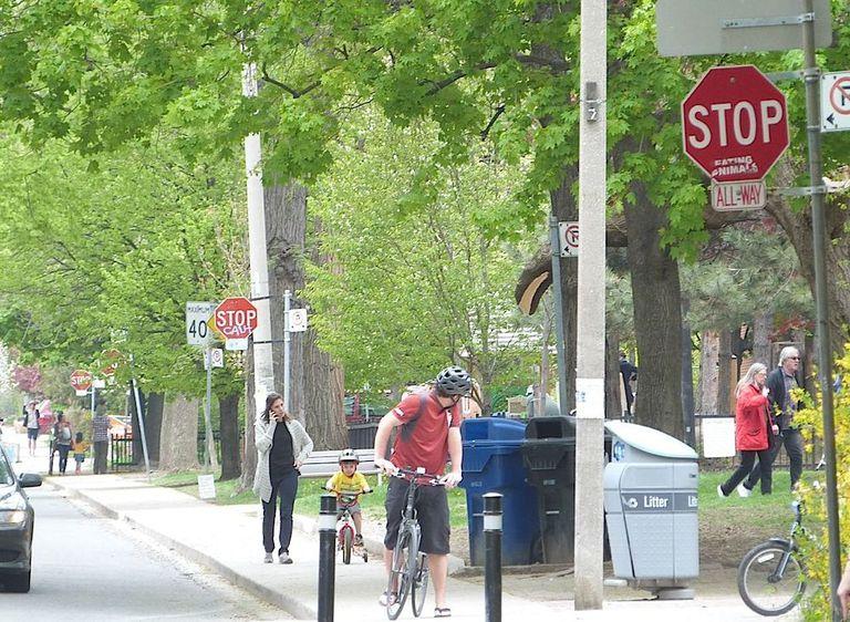 Palmerstion Avenue