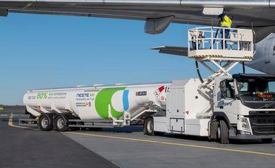 Neste Delivering Fuel