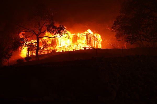 House burning in Napa, 18 August 2020