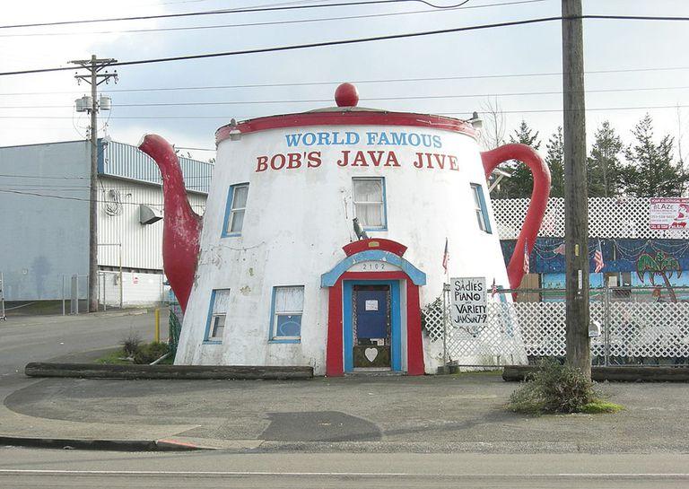 Teapot-shaped building