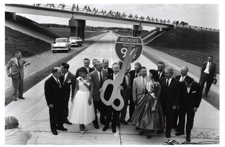 Plan de infraestructura de Trump: Los constructores de carreteras del estado rojo pueden divertirse como si fuera 1959