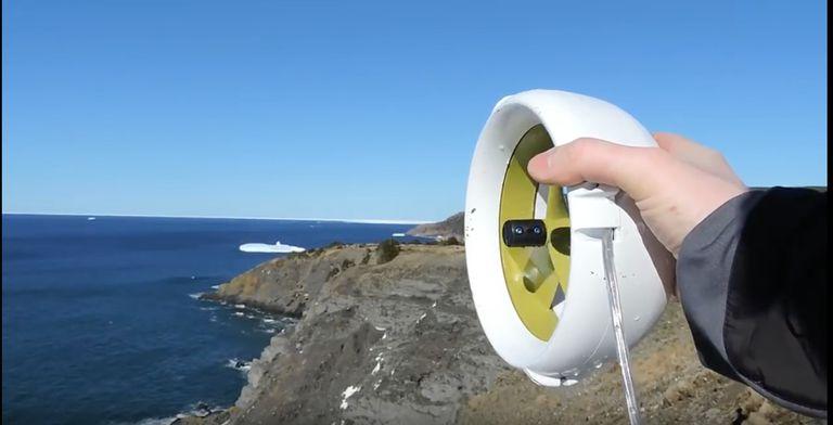 La turbina de nenúfares impulsa sus aventuras al aire libre con viento y agua