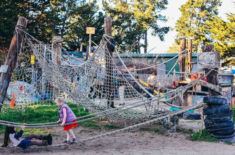 Breve historia de los parques infantiles