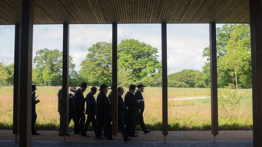 procession at funeral