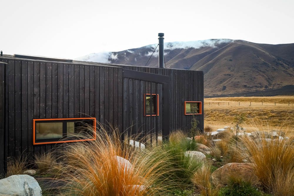 Skylark Cabin by Barry Connor exterior