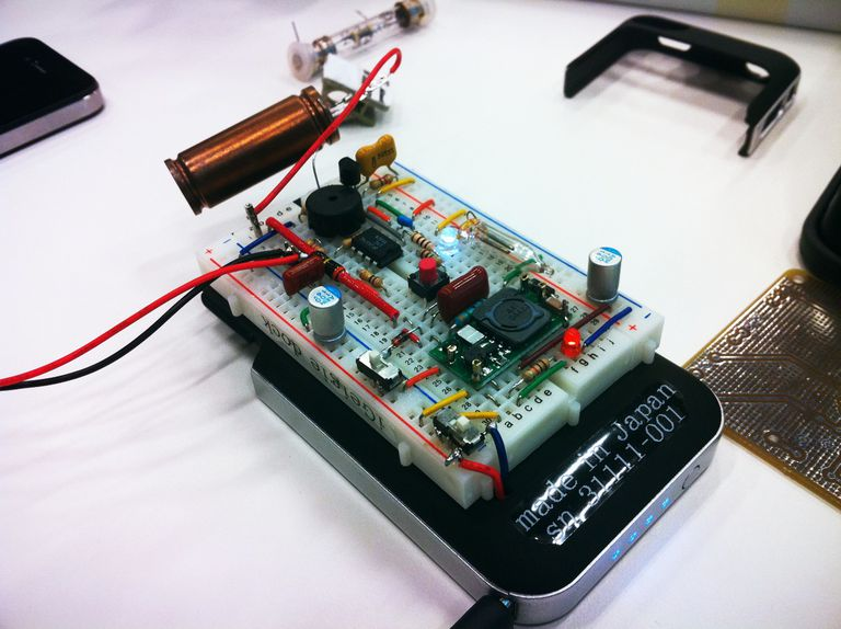 10 sensores ambientales que lo acompañan