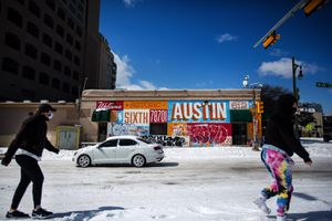 Snow in Austin February 15, 2021