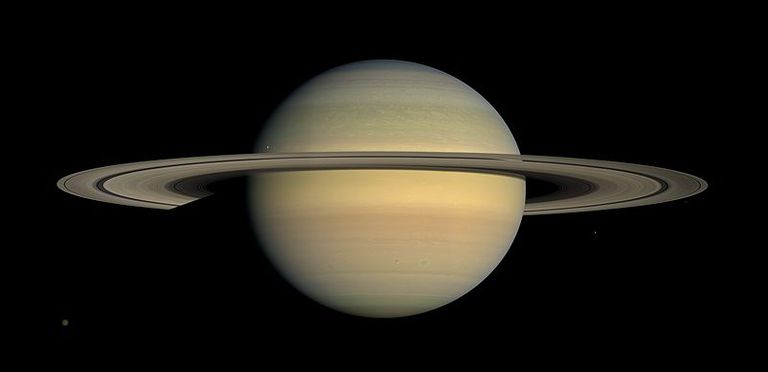 Los famosos anillos de Saturno pueden no haber existido cuando los dinosaurios evolucionaron por primera vez