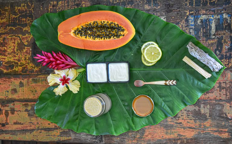 organic natural exfoliants on large leaf