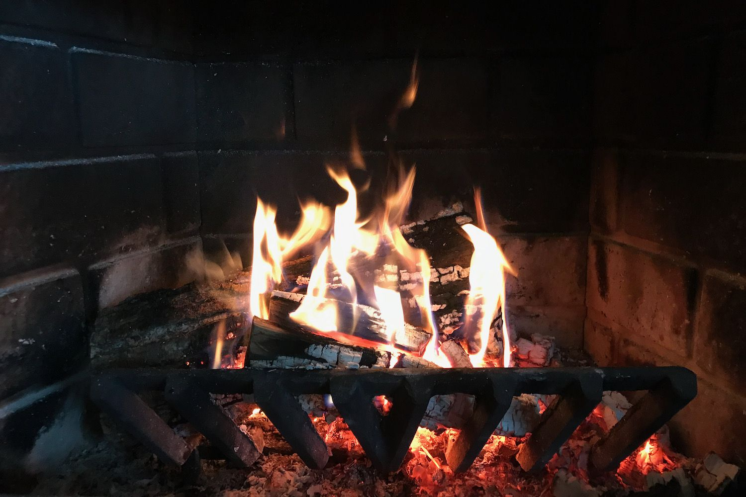 Study Links Fireplaces to Cognitive Decline