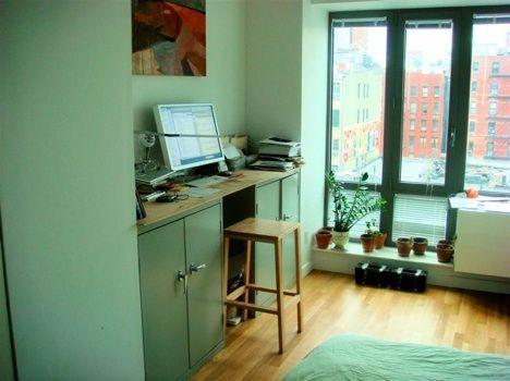 graham-desk-sm.jpg
